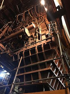 At the largest iron ore mine project in the world, Kalenborn solutions help operators eliminate sliding wear problems on a classifier housing chute.